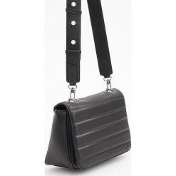 Torebka z szerokim paskiem - Czarny. Czarne torebki klasyczne damskie Reserved. Za 119,99 zł.