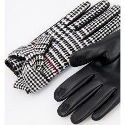 Rękawiczki - Wielobarwn. Szare rękawiczki damskie Reserved. Za 49,99 zł.