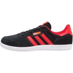 Adidas Originals LEONERO Tenisówki i Trampki core black/scarlet/tactile yellow. Czarne tenisówki męskie adidas Originals, z materiału. W wyprzedaży za 215,20 zł.