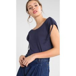 T-shirty damskie: khujo MALUSA Tshirt z nadrukiem mid blue