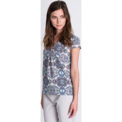 Bluzki damskie: Bluzka ze wzorem z dekoltem w serek QUIOSQUE