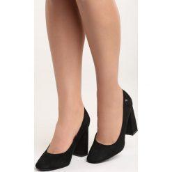 Czarne Czółenka Take No More. Czarne buty ślubne damskie marki Born2be, na wysokim obcasie, na słupku. Za 79,99 zł.
