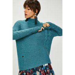 Medicine - Sweter Royal Purple. Fioletowe swetry klasyczne damskie MEDICINE, l, z dzianiny, z okrągłym kołnierzem. Za 119,90 zł.