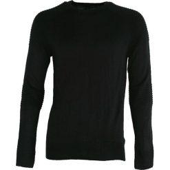 Czarny Sweter Sure To Fall. Czarne swetry klasyczne męskie marki Born2be, m, z nadrukiem, z dresówki, z kapturem. Za 64,99 zł.