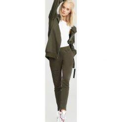Spodnie dresowe damskie: Ciemnozielone Spodnie Dresowe Opuscule