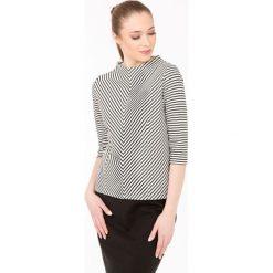 Bluzy rozpinane damskie: Bluza w skośne prążki