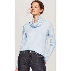 Sweter z szerokim golfem - Niebieski. Niebieskie golfy damskie Reserved, l. W wyprzedaży za 29,99 zł.