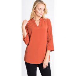 Bluzki damskie: Pomarańczowa bluzka z dekoltem V QUIOSQUE