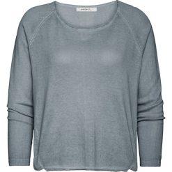 Sweter w kolorze szaroniebieskim. Szare swetry klasyczne damskie marki Vila, l, z dzianiny, z okrągłym kołnierzem. W wyprzedaży za 152,95 zł.