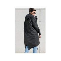 Płaszcz longline czarny ocieplany. Czerwone płaszcze damskie zimowe marki Cropp, l. Za 419,00 zł.