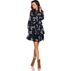 Klasyczna koszulowa sukienka czarny w kwiatki. Czarne sukienki balowe Lemoniade, na jesień, w kwiaty, z klasycznym kołnierzykiem, mini, koszulowe. Za 249,90 zł.