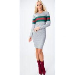 Sukienka z zielono-czerwonym paskiem jasnoszara 6513. Czerwone sukienki Fasardi, xl. Za 44,00 zł.