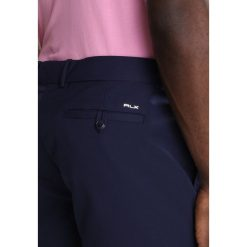 Polo Ralph Lauren Golf Krótkie spodenki sportowe french navy. Niebieskie bermudy męskie Polo Ralph Lauren Golf, z materiału, sportowe. Za 419,00 zł.