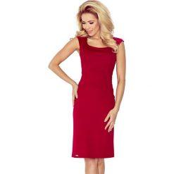 Sukienki: Joanna Dopasowana sukienka – bordowa lacosta
