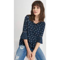 Odzież damska: Koszulka z rozkloszowanymi rękawami