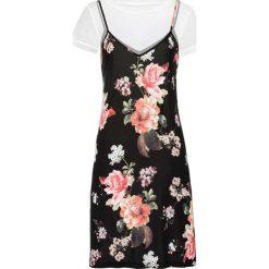 Sukienka shirtowa + t-shirt (2 części) bonprix biało-czarny z nadrukiem. Białe t-shirty damskie bonprix, na lato, z nadrukiem, na ramiączkach. Za 54,99 zł.