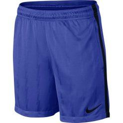 Nike Spodenki męskie Y NK DRY SQD SHORT JAQ KZ niebieskie r . XL. Niebieskie spodenki sportowe męskie marki ARTENGO, l, z elastanu. Za 77,00 zł.