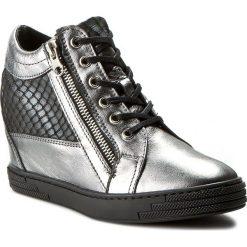 Sneakersy OLEKSY - 1960/A92/A82/000/000 Srebro/Szary Wąż. Szare sneakersy damskie marki Oleksy, ze skóry. W wyprzedaży za 269,00 zł.