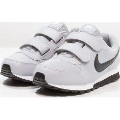 Nike Sportswear MD RUNNER 2 Tenisówki i Trampki wolf grey/black/white. Szare tenisówki męskie Nike Sportswear, z gumy. Za 169,00 zł.