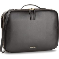 Torba na laptopa CALVIN KLEIN BLACK LABEL - Frame Laptop Bag K60K603976  001. Czarne plecaki męskie marki Calvin Klein Black Label, z materiału. Za 649,00 zł.