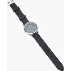 Zegarek - Czarny. Czarne zegarki damskie Cropp. Za 29,99 zł.