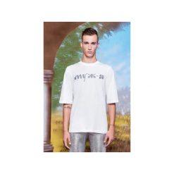 T-shirt ze srebrnym haftem. Szare t-shirty męskie marki Ombre Clothing, m, z nadrukiem, z bawełny, ze stójką. Za 179,00 zł.