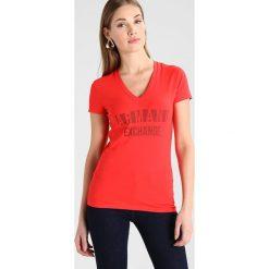 Odzież damska: Armani Exchange Tshirt z nadrukiem poppy red