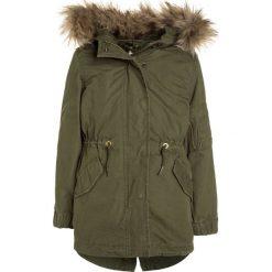 GAP 3IN1 Parka army green. Zielone kurtki dziewczęce marki GAP, z bawełny. W wyprzedaży za 377,10 zł.