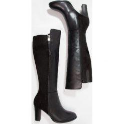 Wallis HARBOUR Kozaki black. Czarne buty zimowe damskie Wallis, z materiału. W wyprzedaży za 303,20 zł.