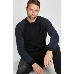 Jack & Jones - Sweter. Czarne swetry klasyczne męskie Jack & Jones, l, z bawełny, z okrągłym kołnierzem. W wyprzedaży za 139,90 zł.