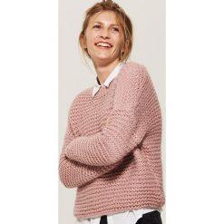 Krótki sweter oversize - Różowy. Czerwone swetry oversize damskie House, l. Za 79,99 zł.