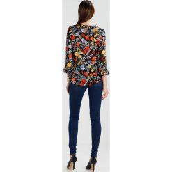 Noisy May NMELLA SUPER  Jeans Skinny Fit medium blue denim. Niebieskie jeansy damskie marki Noisy May. W wyprzedaży za 143,20 zł.
