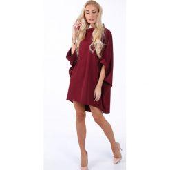 Bordowa elegancka sukienka oversize 0215. Czerwone sukienki balowe Fasardi, s, oversize. Za 189,00 zł.