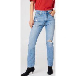 Levi's Jeansy Skinny 501 - Blue. Niebieskie jeansy damskie skinny marki Levi's®, z aplikacjami, z denimu, z podwyższonym stanem. Za 364,95 zł.
