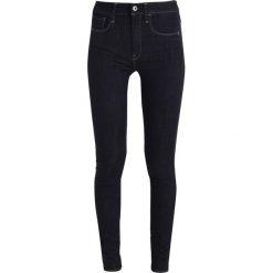 GStar 3301 HIGH SKINNY Jeans Skinny Fit rinsed. Czarne jeansy damskie marki G-Star. W wyprzedaży za 351,75 zł.