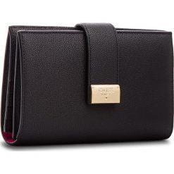 Duży Portfel Damski GUESS - SWDECA L8349 BLA. Czarne portfele damskie marki Guess, ze skóry. Za 519,00 zł.