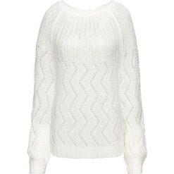Sweter dzianinowy z wycięciem z tyłu bonprix biel wełny. Białe swetry klasyczne damskie bonprix, z dzianiny. Za 89,99 zł.