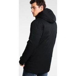 Columbia BLIZZARD FIGHTER  Płaszcz zimowy black. Czarne płaszcze na zamek męskie Columbia, na zimę, m, z materiału, sportowe. Za 949,00 zł.