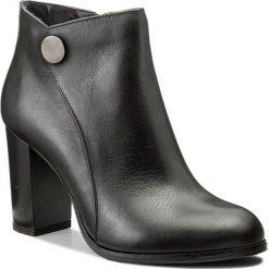 Botki KOTYL - 9703 Czarny Lico. Czarne buty zimowe damskie Kotyl, ze skóry, na obcasie. W wyprzedaży za 299,00 zł.