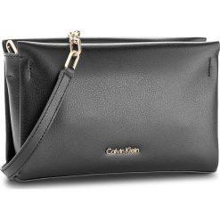 Torebka CALVIN KLEIN BLACK LABEL - Frame Clutch/Crossbody K60K603998 001. Czarne listonoszki damskie marki Calvin Klein Black Label. Za 449,00 zł.