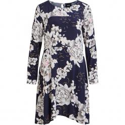 """Sukienka """"Camelia"""" w kolorze granatowo-kremowym. Białe sukienki na komunię marki Vila & Co., z wiskozy, z dekoltem na plecach, midi, rozkloszowane. W wyprzedaży za 173,95 zł."""