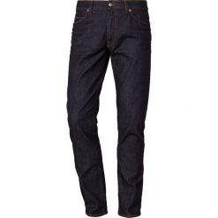 DRYKORN JAW Jeansy Slim Fit navy. Niebieskie jeansy męskie relaxed fit marki DRYKORN, m, z dekoltem karo. Za 419,00 zł.