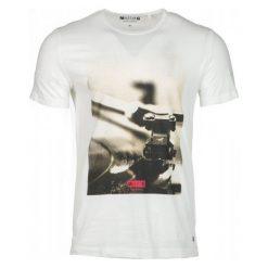 Mustang T-Shirt Męski Photoprint Xl Kremowy. Czarne t-shirty męskie z nadrukiem marki Mustang, l, z bawełny, z kapturem. Za 129,00 zł.
