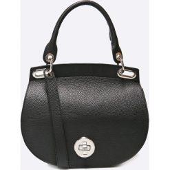 Gino Rossi - Torebka skórzana. Czarne torebki klasyczne damskie marki Gino Rossi, w paski, z materiału, małe. Za 899,90 zł.