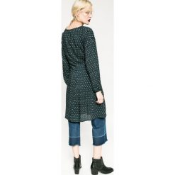 Medicine - Sukienka Rebel Forest. Szare długie sukienki marki MEDICINE, s, z tkaniny, eleganckie, z okrągłym kołnierzem, z długim rękawem, proste. W wyprzedaży za 79,90 zł.