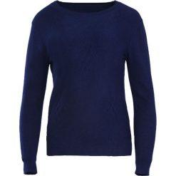Granatowy Sweter Live My Own Life. Niebieskie swetry klasyczne damskie Born2be, l, z okrągłym kołnierzem. Za 49,99 zł.