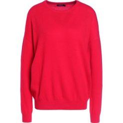 Swetry klasyczne damskie: J.LINDEBERG MICKI  Sweter red deep