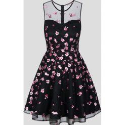 Sukienki hiszpanki: Rozkloszowana mini-sukienka z haftem