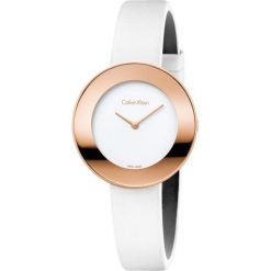 ZEGAREK CALVIN KLEIN Chic K7N236K2. Białe zegarki damskie marki Calvin Klein, szklane. Za 1219,00 zł.