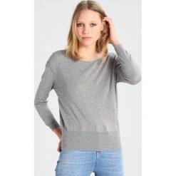 Swetry klasyczne damskie: American Vintage BOKINBAY Sweter pebble melange